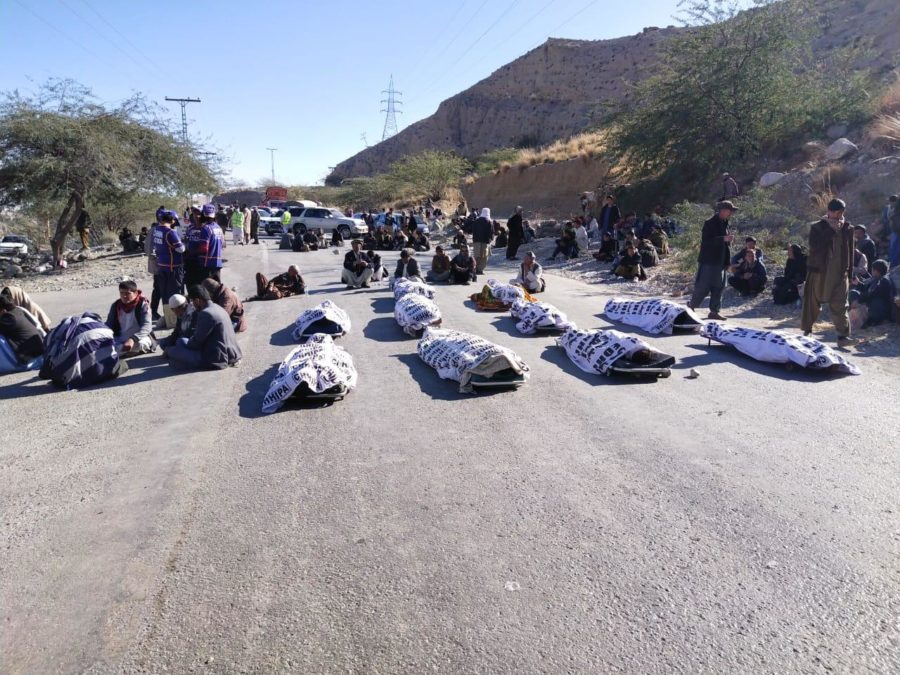 ISIS terrorists murders 11 Hazara coalminers in Mach Balochistan Pakistan